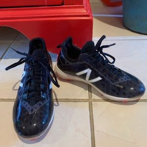 New Balance Compv1 FantomFit cleats Sz4
